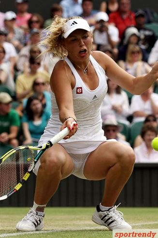 Caroline Wozniacki  Sports Illustrated Swimsuit   XVideos