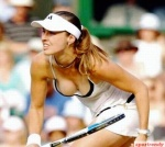 Martina-Hingis-Breast
