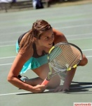 tennis_cleavage_peepshow_640_57
